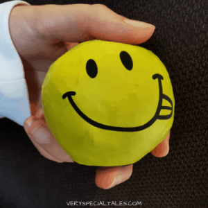SMILEY DIY STRESS BALL MADE WITH BALLOONS AND RICE